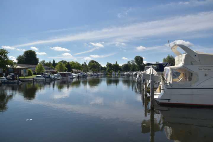 Hafenbecken der Bootsliegeplätze Berlin Köpenick